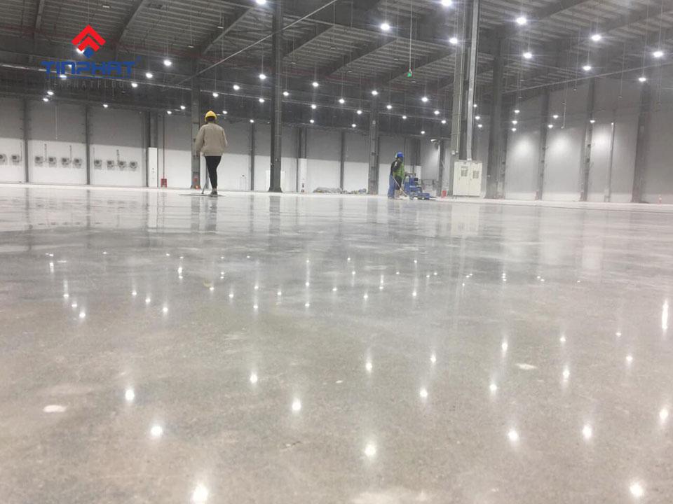 Thi công mài bóng sàn nhà máy may Việt Ý – Hưng Yên